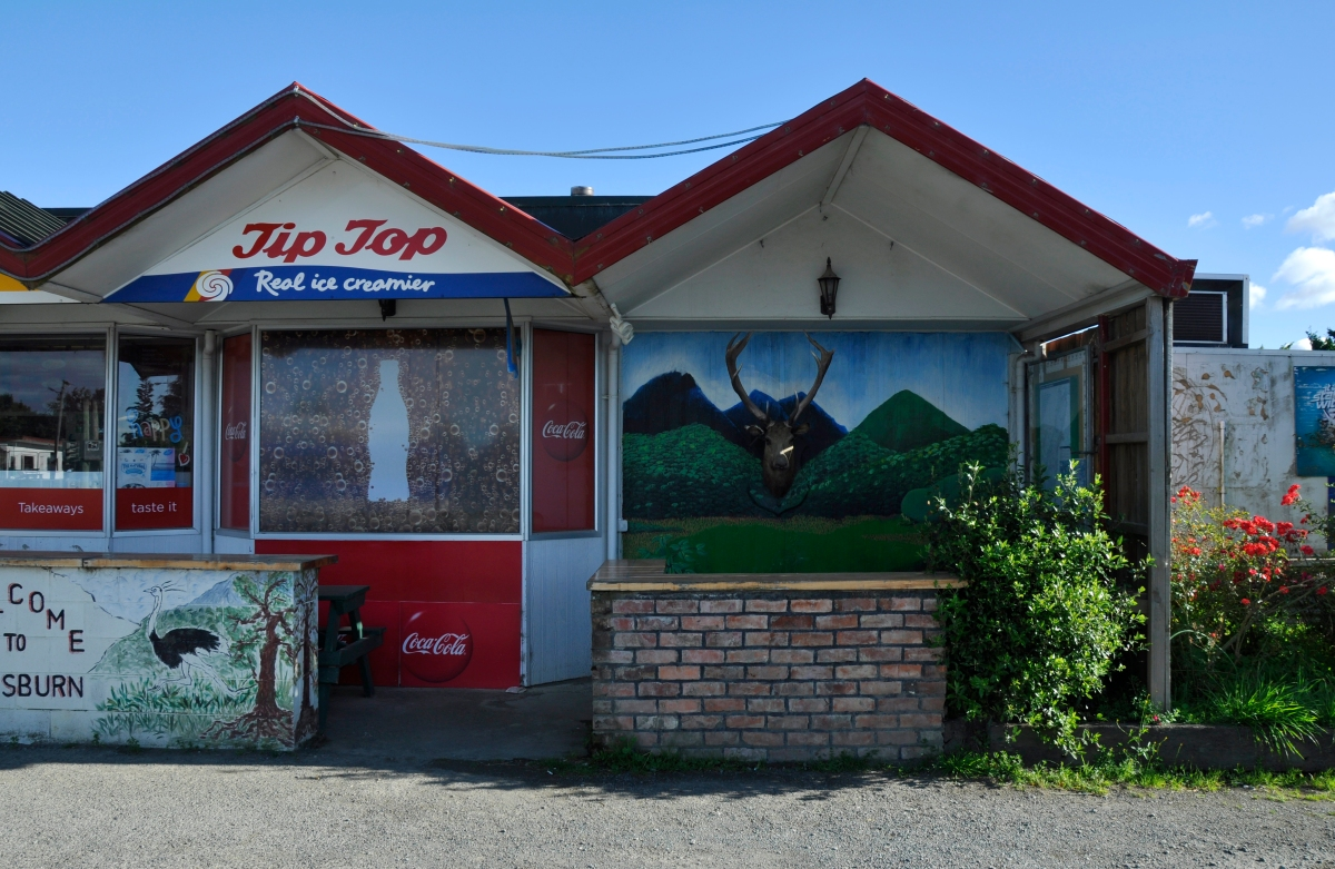 Dairy Deer shop